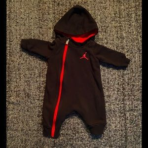 Air Jorden hooded athletic romper zipper up the front. Size 0/3m